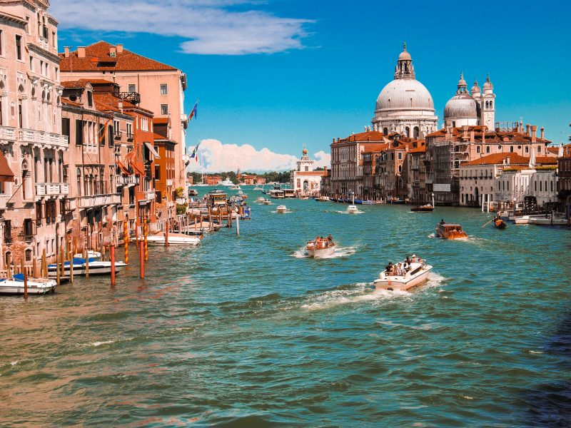 The places to see while you are visiting Venice.